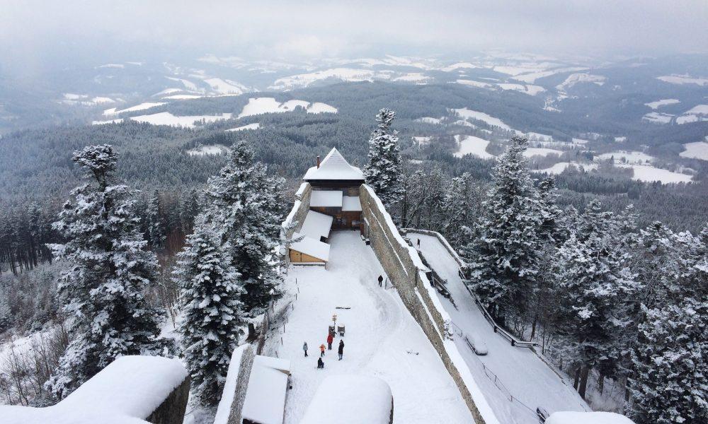 hrad kasperk zima 3